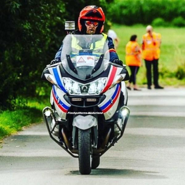 MOTOR FLITSERS EN SIRENES / MOTORCYCLE STROBE LIGHTS / MOTORCYCLE SIRENS