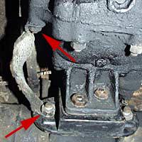 La tresse reliant le moteur/boite à la masse.