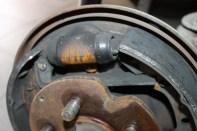 cylindre de frein sur roue arrière