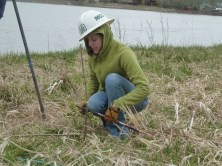 2014 5-3 Foys Bend Vol tree planting (3)