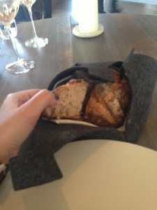 chicest way of serving bread!