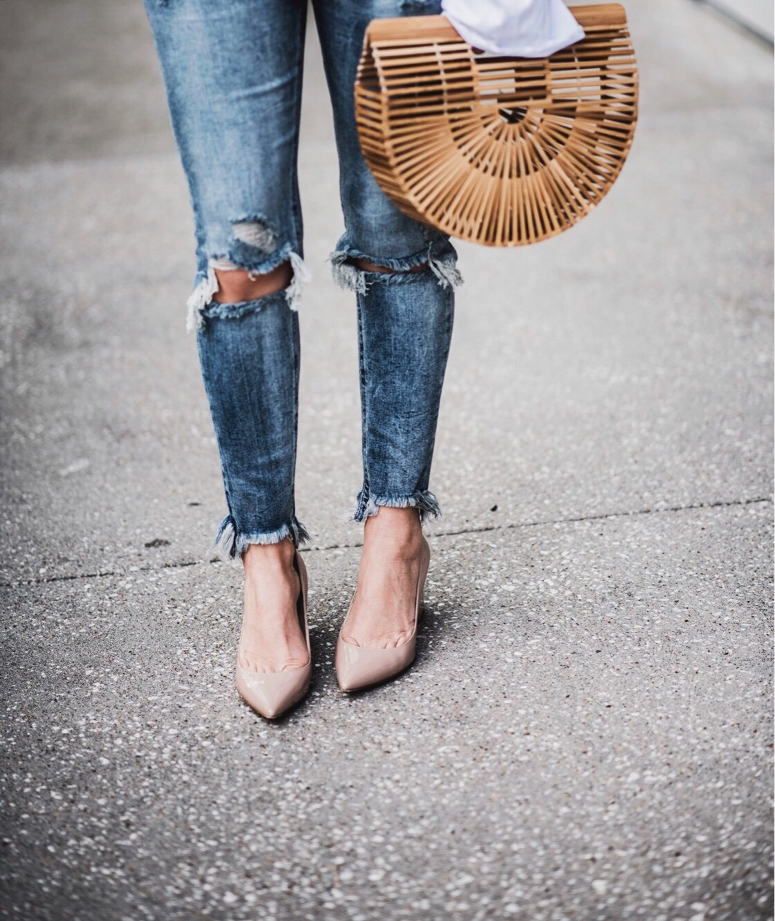 Houston fashion and lifestyle blogger| Tiffany Jais | Ripped distressed skinny jeans, one teaspoon, marc fisher heels, cult Gaia bag