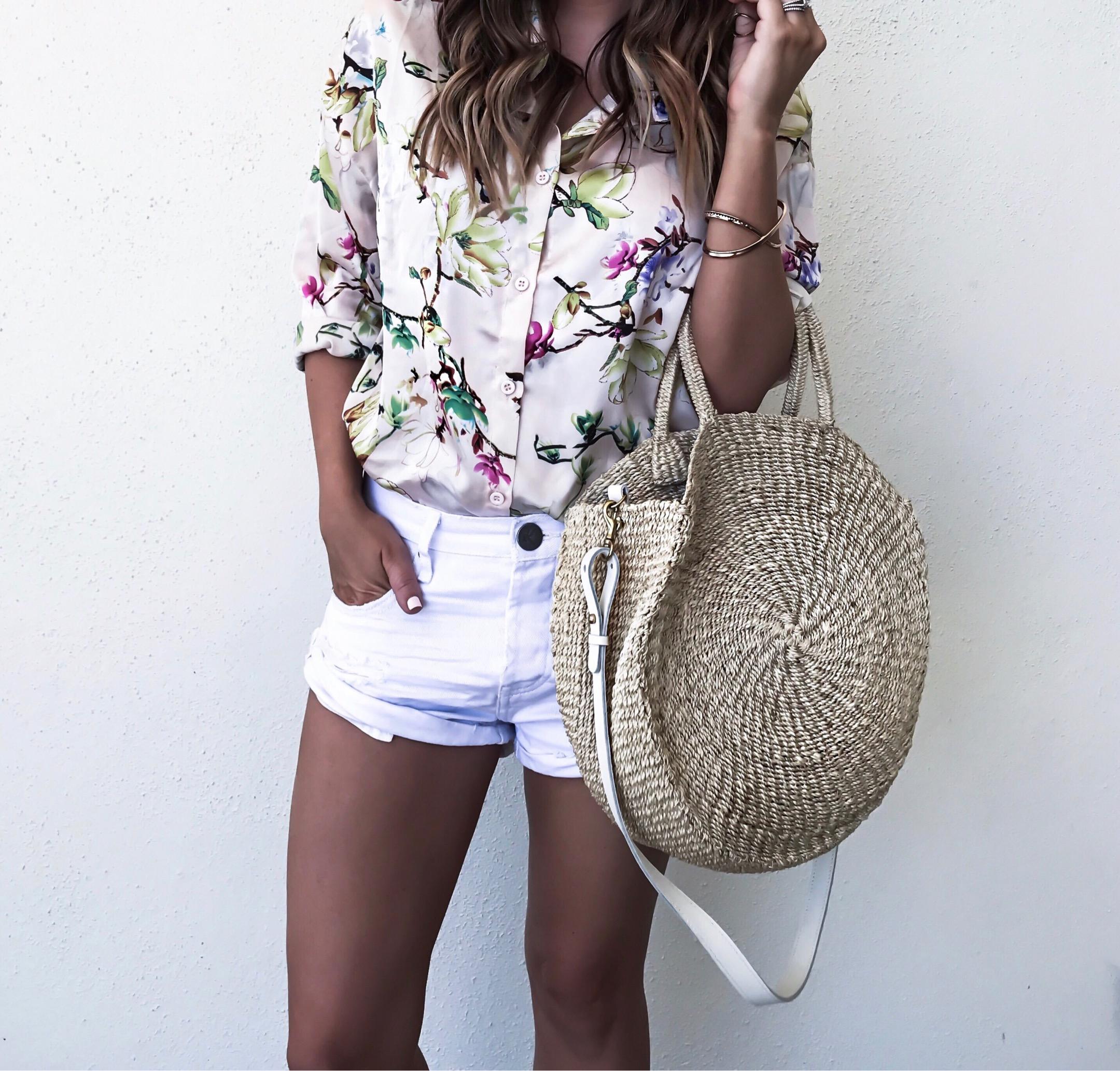 Tiffany Jais Houston fashion and lifestyle blogger | Clare V Alice round tote, one teaspoon bandit shorts