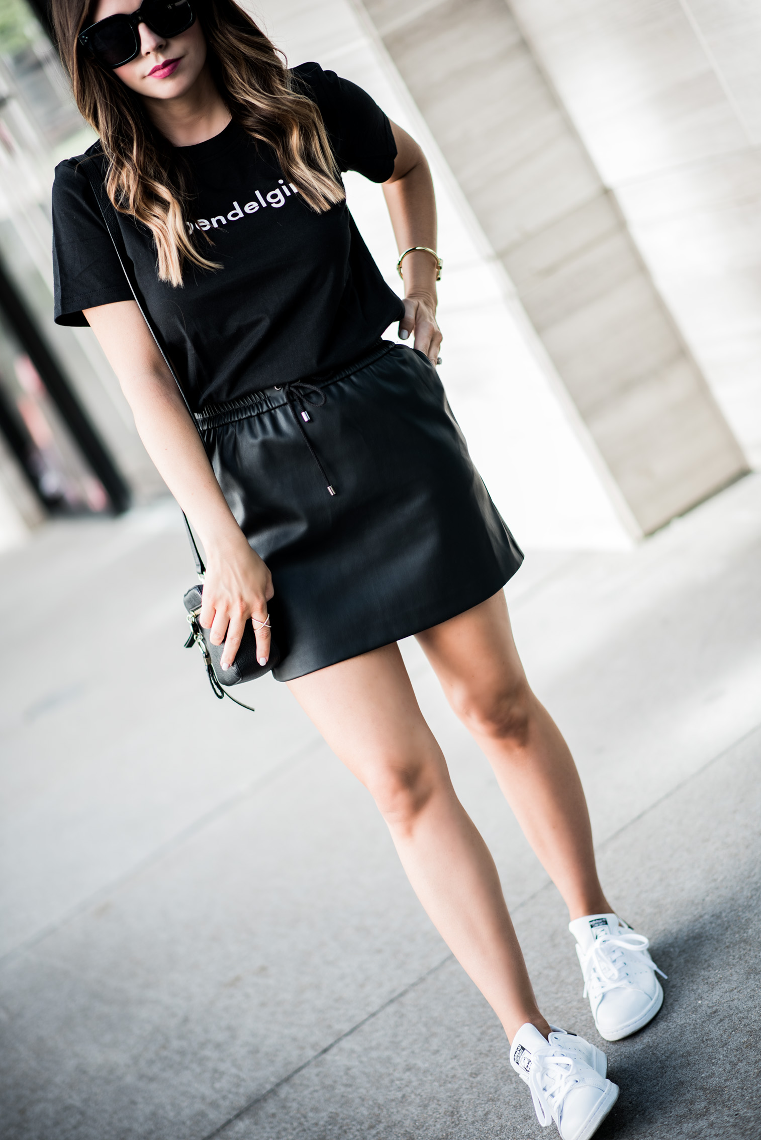 Tiffany Jais Houston fashion and lifestyle blogger   The best Memorial Day sales   All black outfits, casual outfit ideas, bendelgirl tee