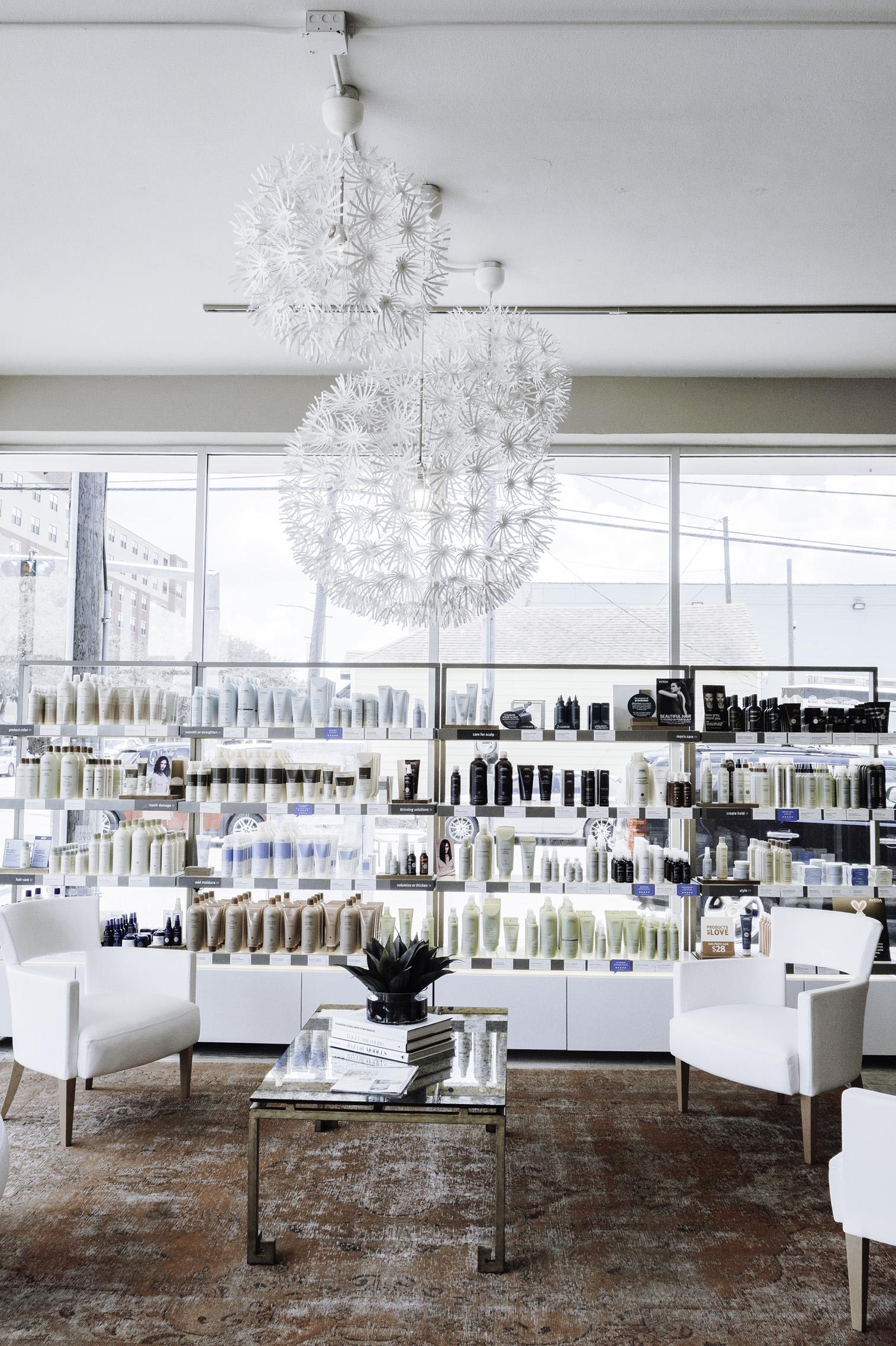 Tiffany Jais Houston fashion and lifestyle blogger | Vanity salon the heights houston texas