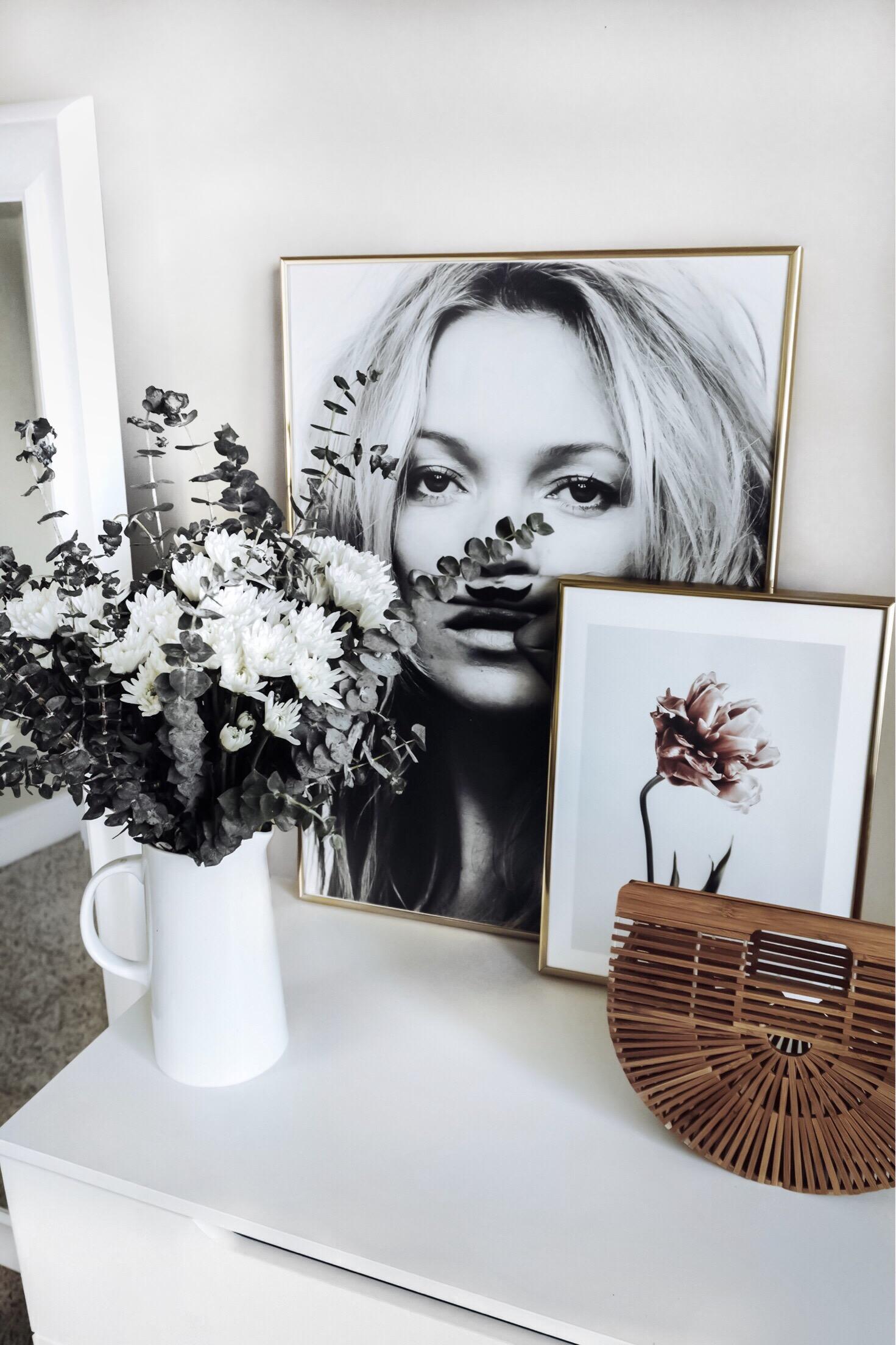 Tiffany Jais Houston fashion and lifestyle blogger | Friday feels | Deseno art prints Kate Moss, Life is a joke print | Pink Tulip Print |