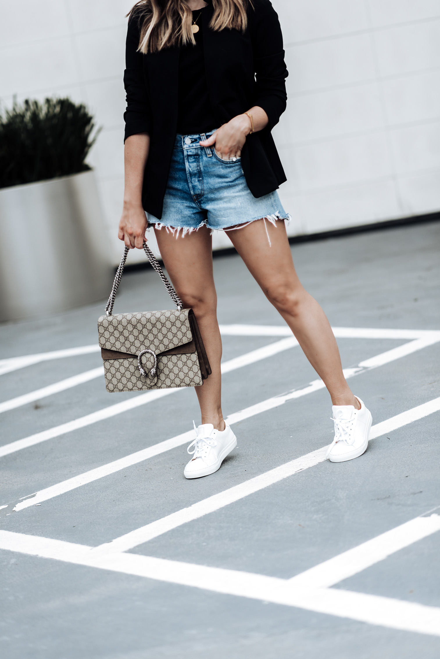Tiffany Jais Houston fashion and lifestyle blogger | Fall must have pieces with Banana Republic, click to shop the look | Sneaker fashion, Longline Blazer | Basic Black Tee | Greats sneakers | Parker Distressed Denim Shorts | Marie Pendant