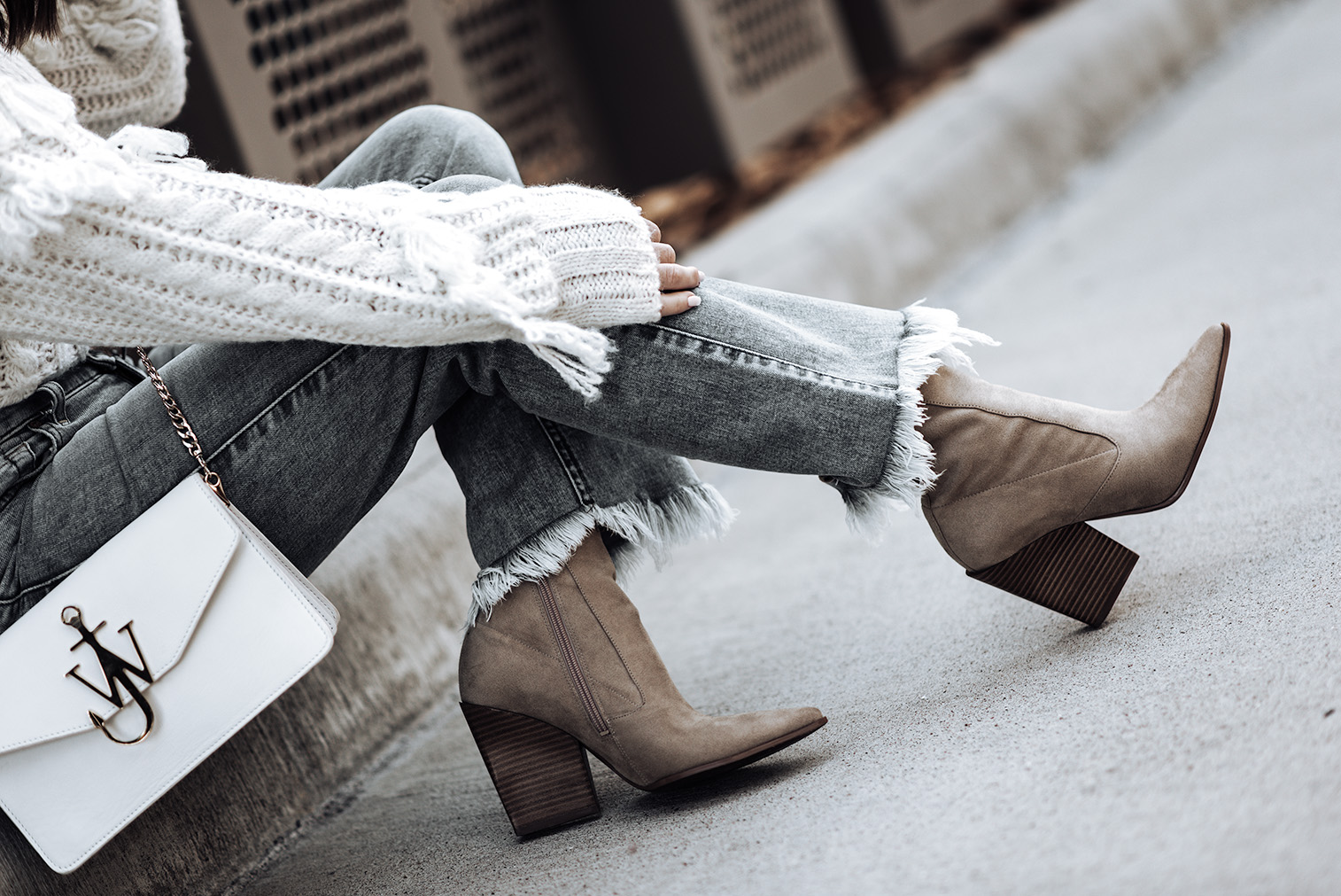 Click to shop the look: Ali Crop Jeans   Roll Neck Detail Sweater   Camel Colored ankle boots   Lack of Color Lola Hat  Tiffany Jais fashion and lifestyle blogger of Flaunt and Center   Houston fashion blogger   7 for all mankind   Streetstyle blog
