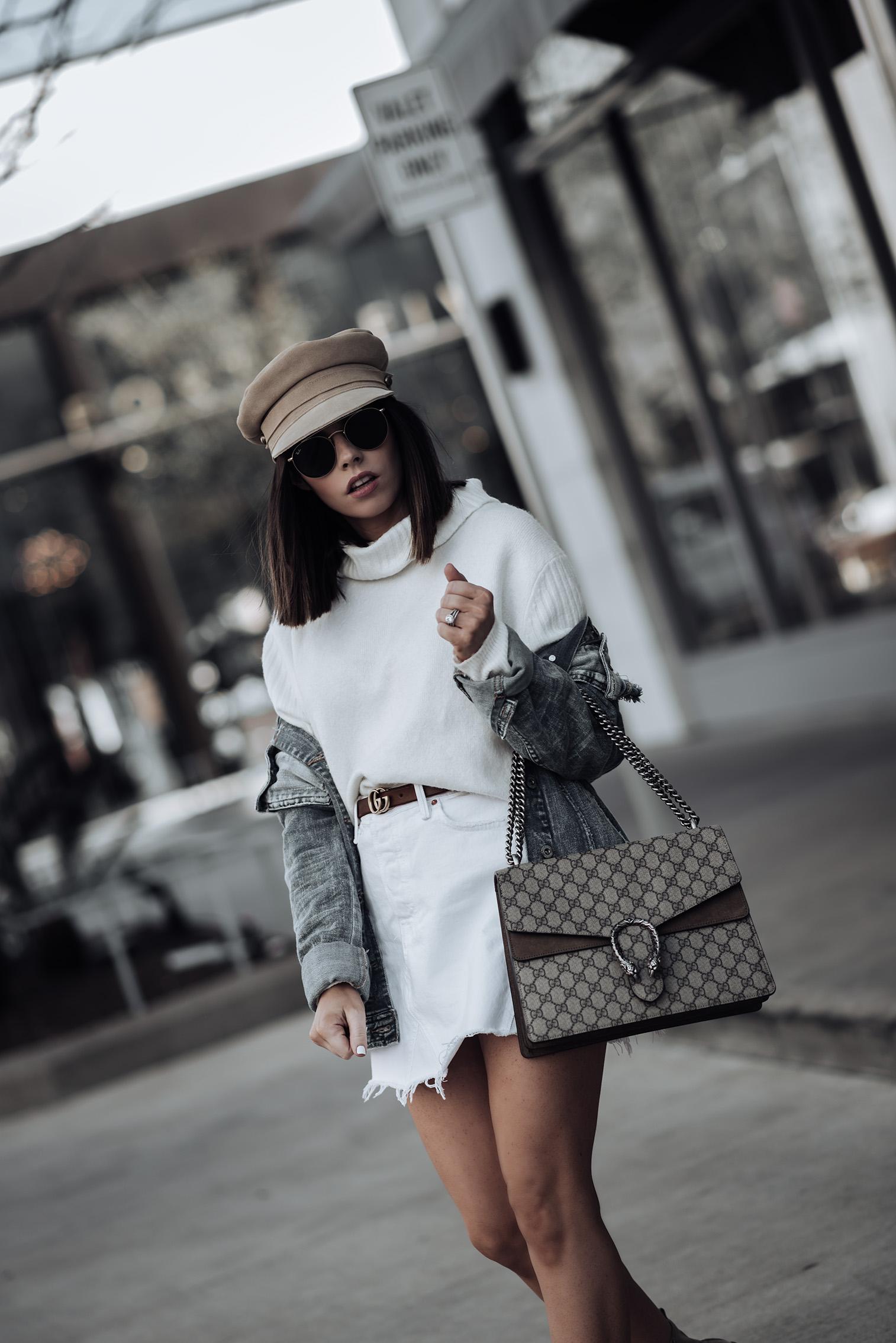Oversized denim jacket   Tiffany Jais fashion and lifestyle blogger of Flaunt and Center   Houston fashion blogger   Straw handbag Trend   Streetstyle blog #streetstyle