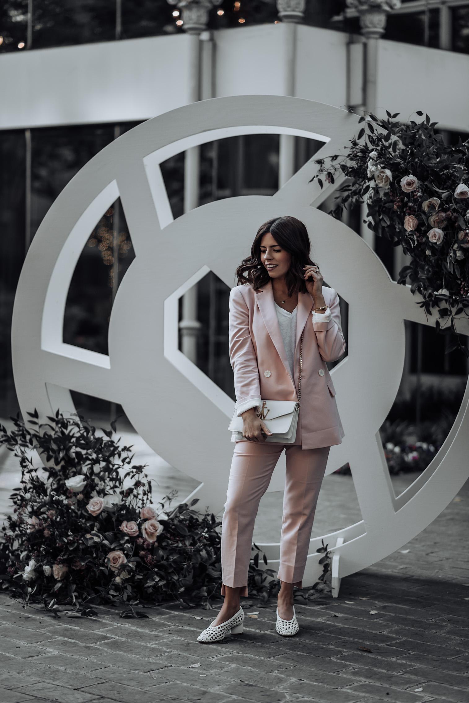 Pant suit |Blush pant suit Zara (similar Blazer & Pant) | J.W. Anderson Bag | Ray-bans | Superga Platforms | #liketkit #pantsuit #zara #streetstyle #blogger