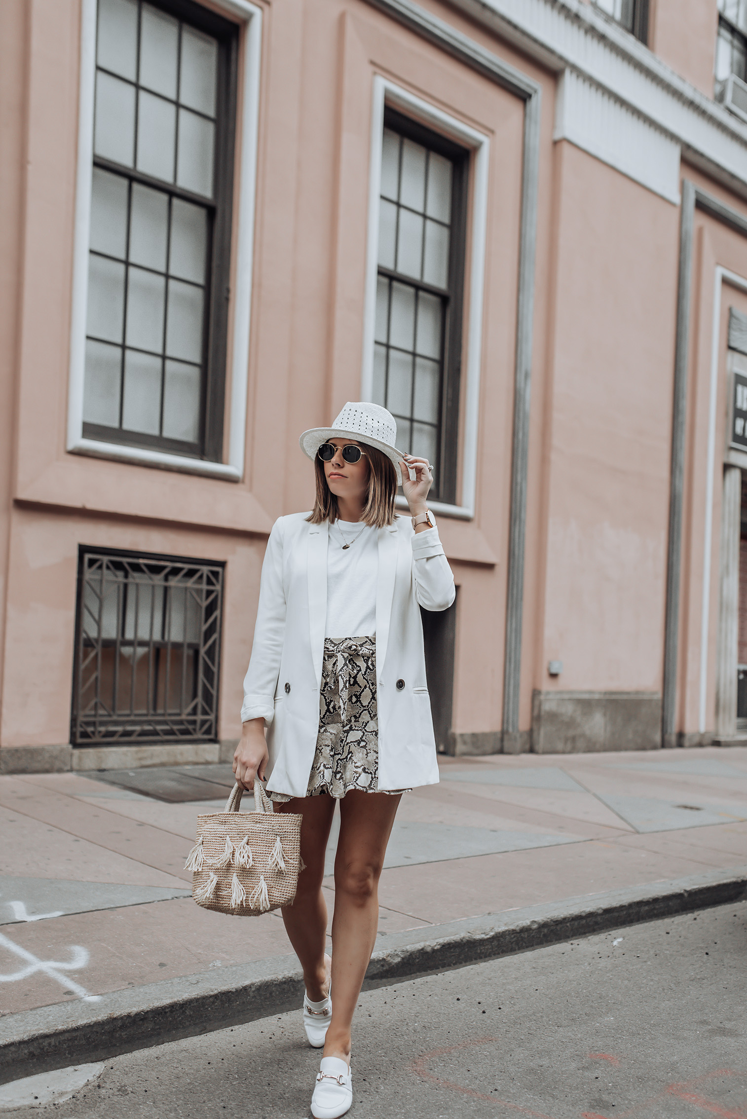 Mixing spring and fall pieces | White mules | Skirt (Zara, similar here) | Similar Hat | White Blazer | Tassel Bag #snakeprint #blazeroutfits #topshop #zara #streetstyle
