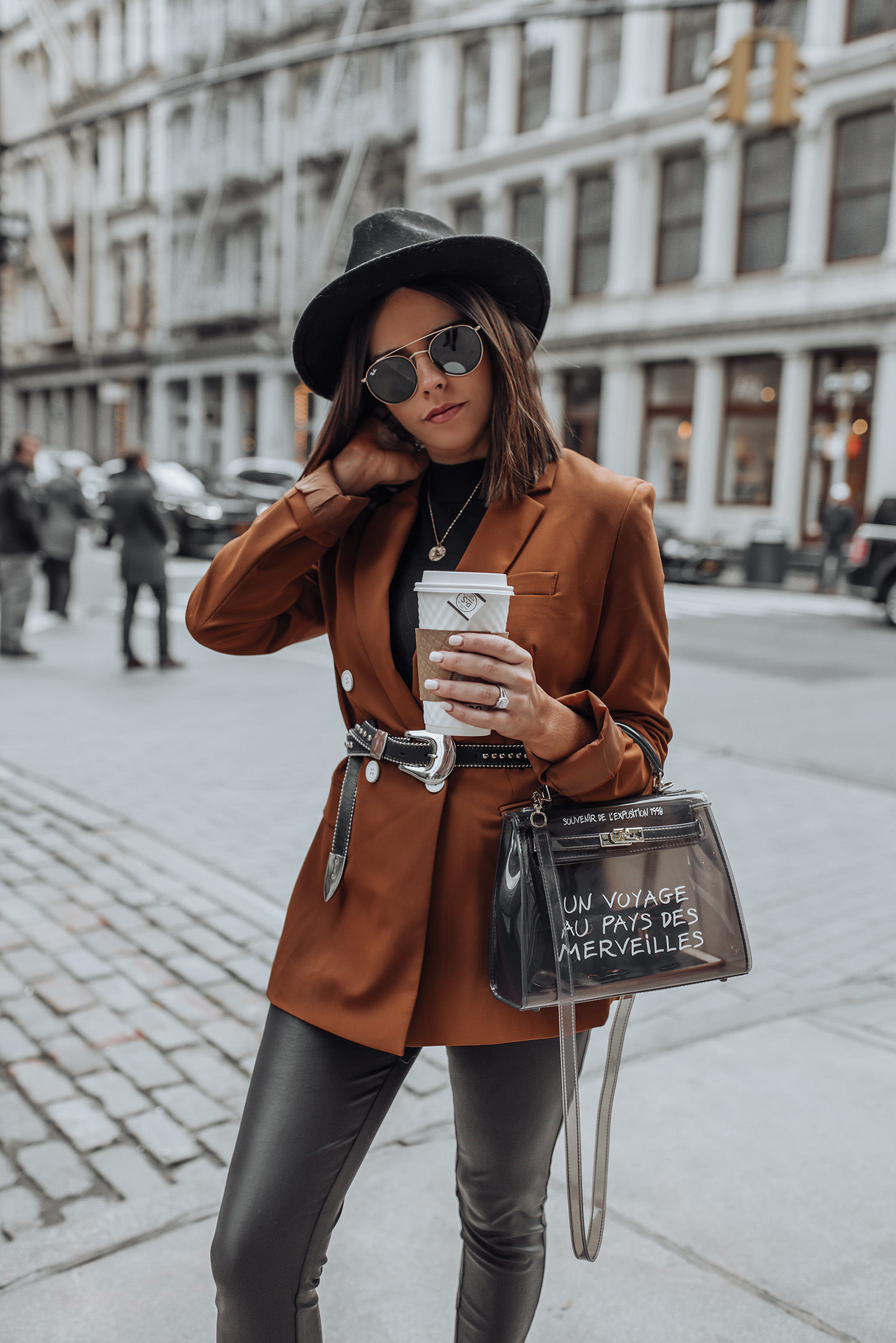 Belted Blazer look | Bag (Crossbody.dk, similar here) |Blazer (similar) |Pants | Marc Fisher Chelsea Bootie | Similar Belt |