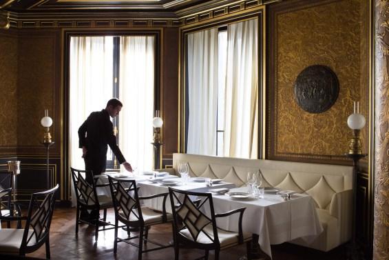 La_Reserve_Hotel_Paris_11