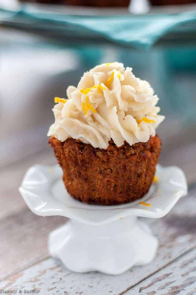 Paleo Carrot Cake Cupcakes