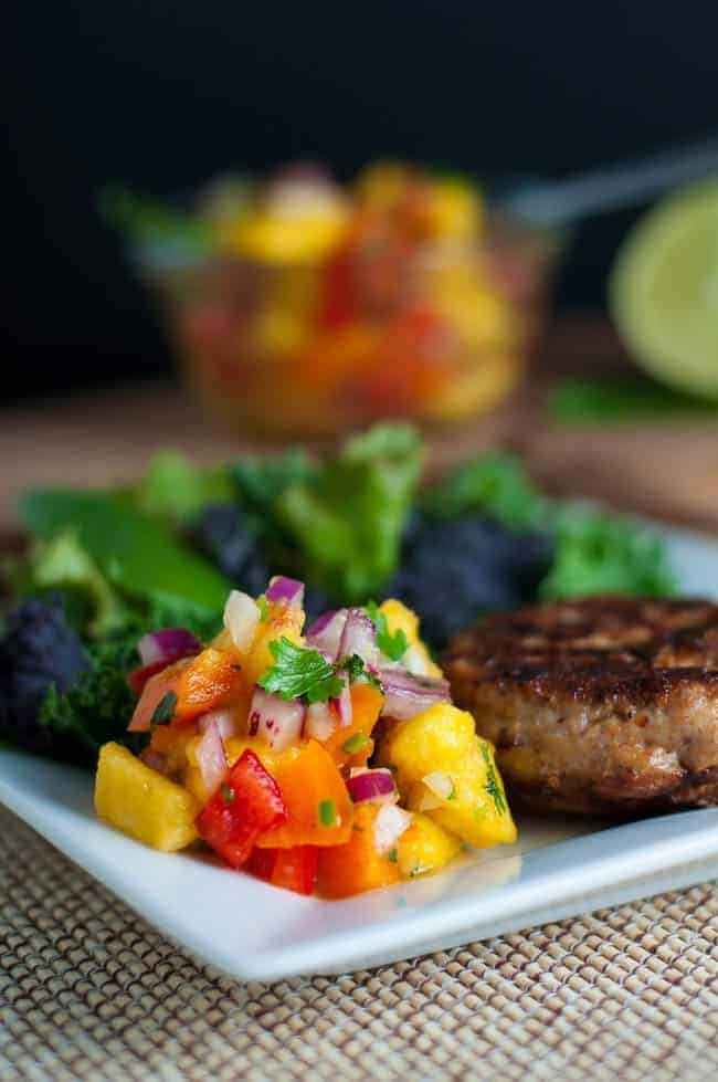 Chipotle Chicken Burgers with Fresh Peach Salsa. Easy-to-make burgers and a refreshing peach salsa to serve alongside. |www.flavourandsavour.com