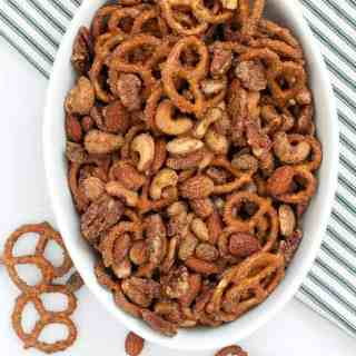 Sweet and Spicy Pretzel Nut Snack Mix. A holiday tradition!  www.flavourandsavour.com