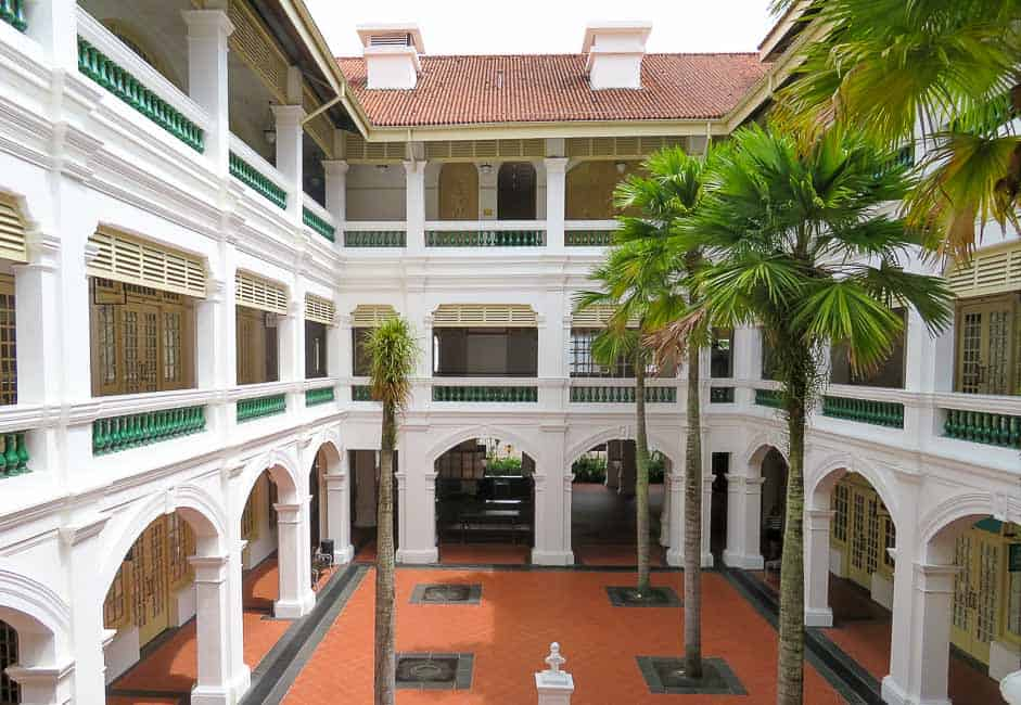 Two Days in Singapore: Must-See Activiites. Raffles Hotel