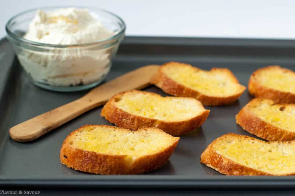 Toasted Crostini for Strawberry Whipped Feta Crostini with Balsamic Drizzle |www.flavourandsavour.com