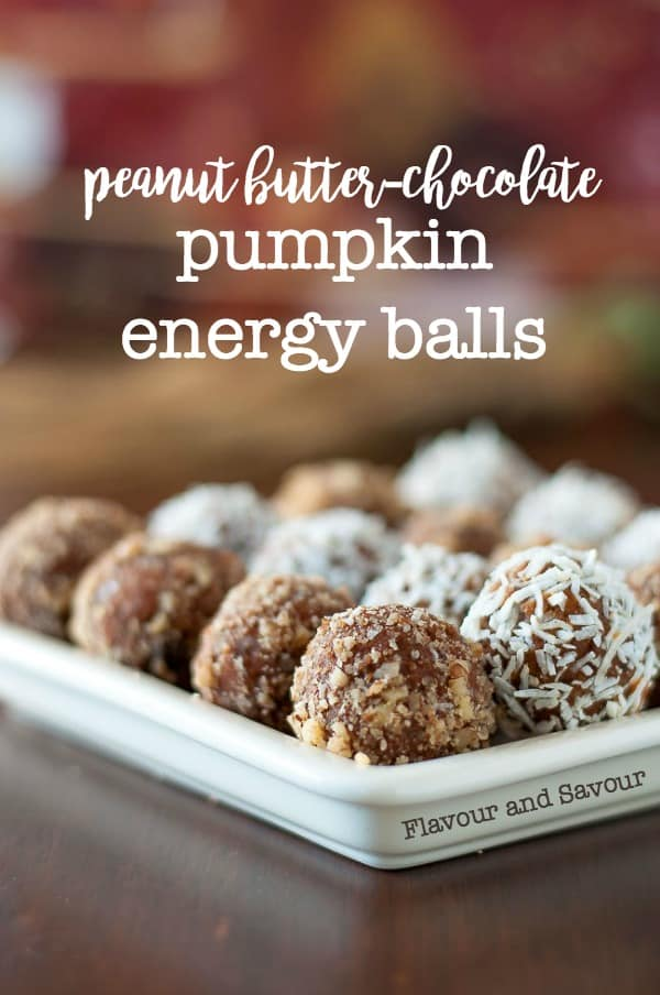 These pumpkin energy balls have that crave-worthy peanut butter-chocolate flavour, they're packed with protein, and they make an ideal afternoon snack.
