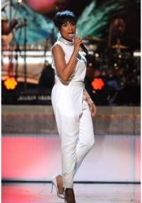 020814-shows-honors-show-highlights-jennifer-hudson-performs-3