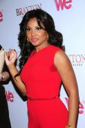 Toni Braxton's massive sweat patches made for the worst red carpet wardrobe malfunction