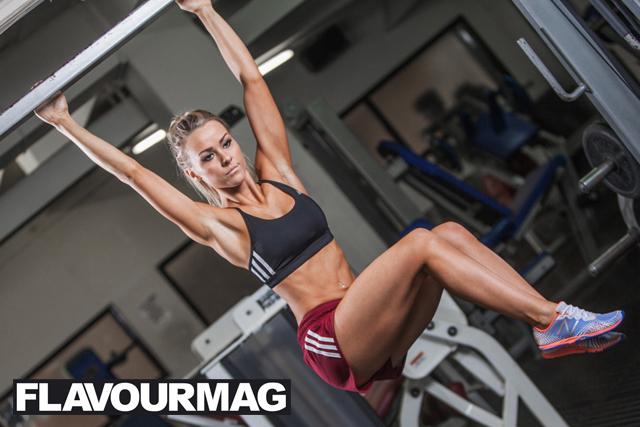 Chelsea Dyson fitness model 6