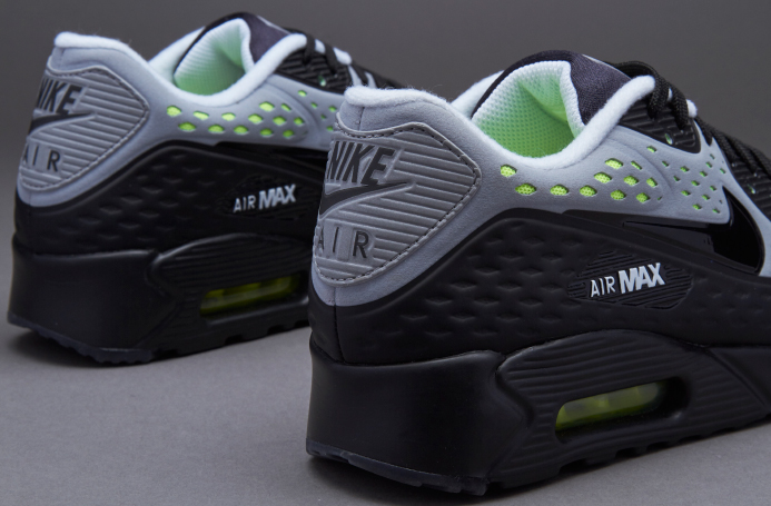sports shoes 7de81 2b81b Nike Air Max 90 - King of trainers Sneaker Box only at JD ...