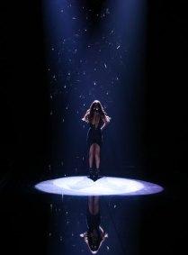 fashion-show-2015-musical-performer-selena-gomez-1-victorias-secret