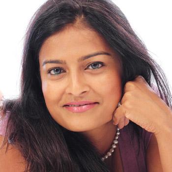 Dr Deepa Apte photo
