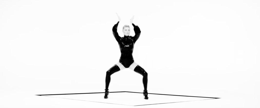 Fergie - you already know sexy photos