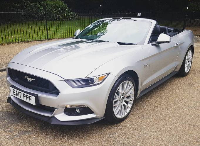 Ford Mustang 5litre V8 convertible
