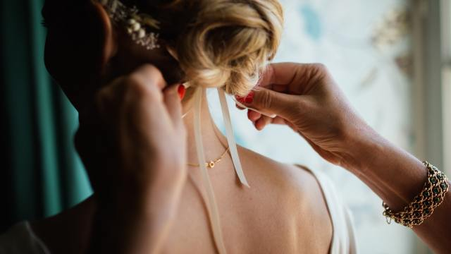 how to avoid sleepless nights before your wedding