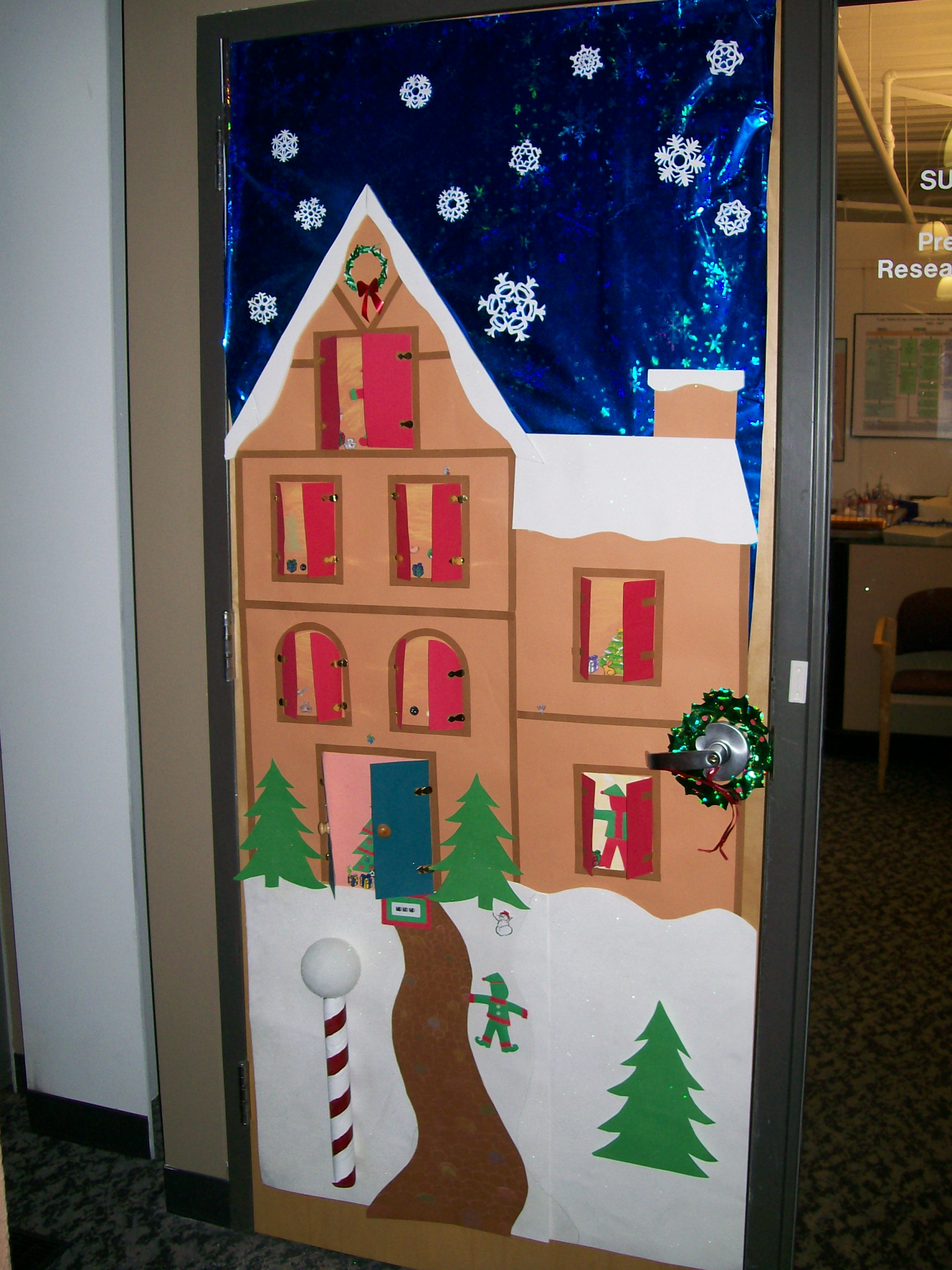 But a bigger question looms — w. Top 30 Office Christmas Decorating Ideas - Flawssy
