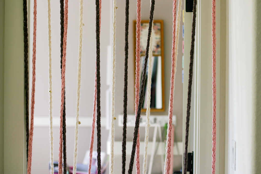 Attrayant A Finger Knitting Door Curtain With Bells DIY