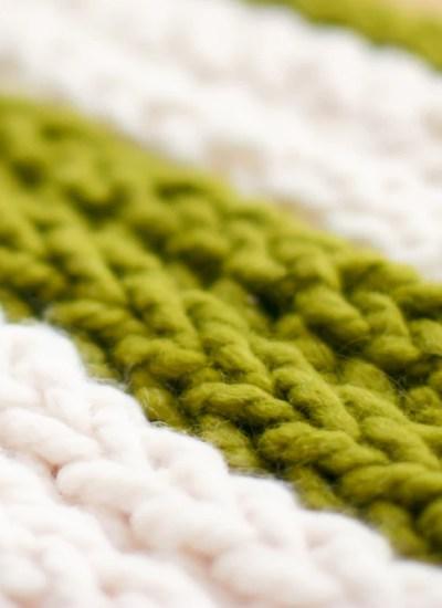 Finger Knitting How-To Kits