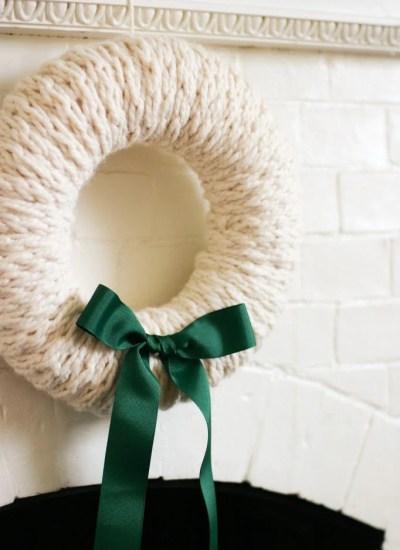 Finger-Knit Wreath–a Five Fabulous Finger-Knitting Project
