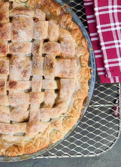 Classic Double Crusted Apple PIe with Video Tutorial
