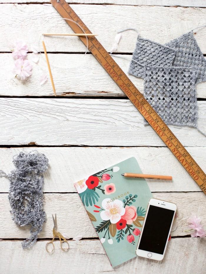 make an easy knit lace shawl