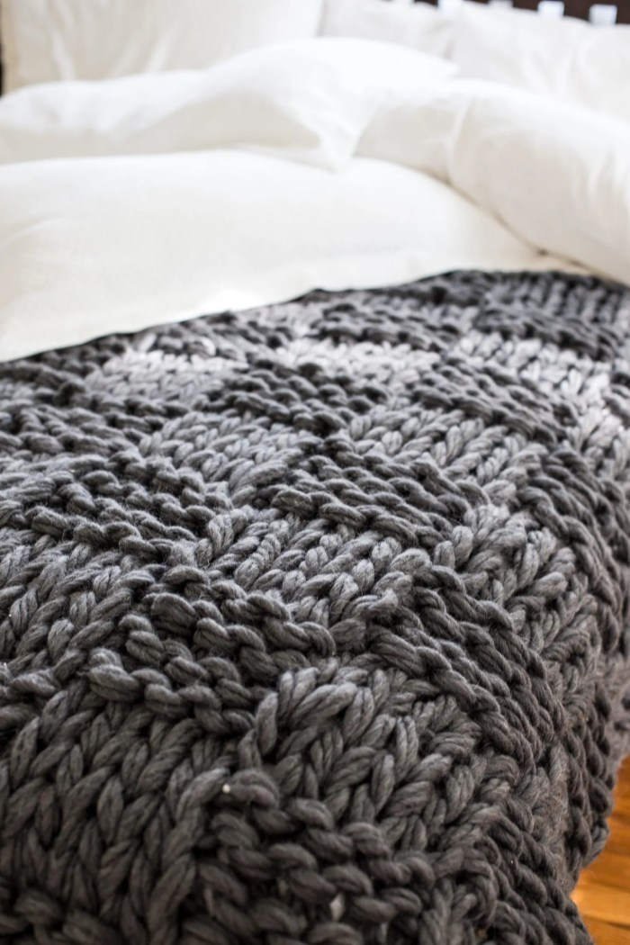 Knitting Blankets : Chunky arm knit blanket pattern flax twine