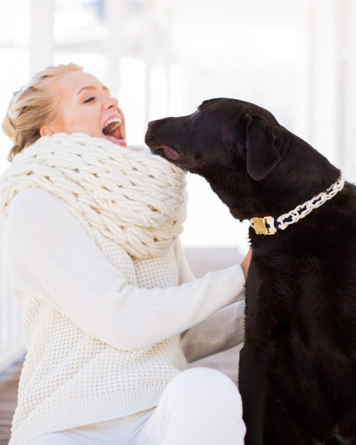 Cool finger knit dog collar from Knitting Without Needles