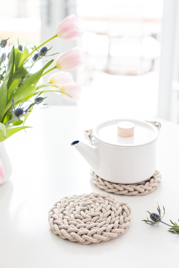 Finger Knit Trivet-6083