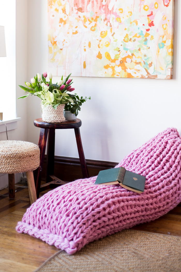 Lounger Arm Knit Pillow Pattern by Anne Weil of Flax & Twine