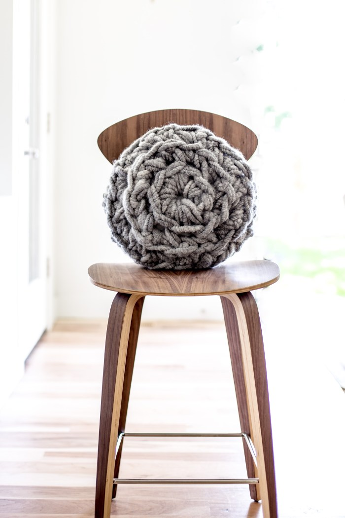 Bulky Hand Crochet Round Pillow Pattern by Anne Weil of Flax & Twine