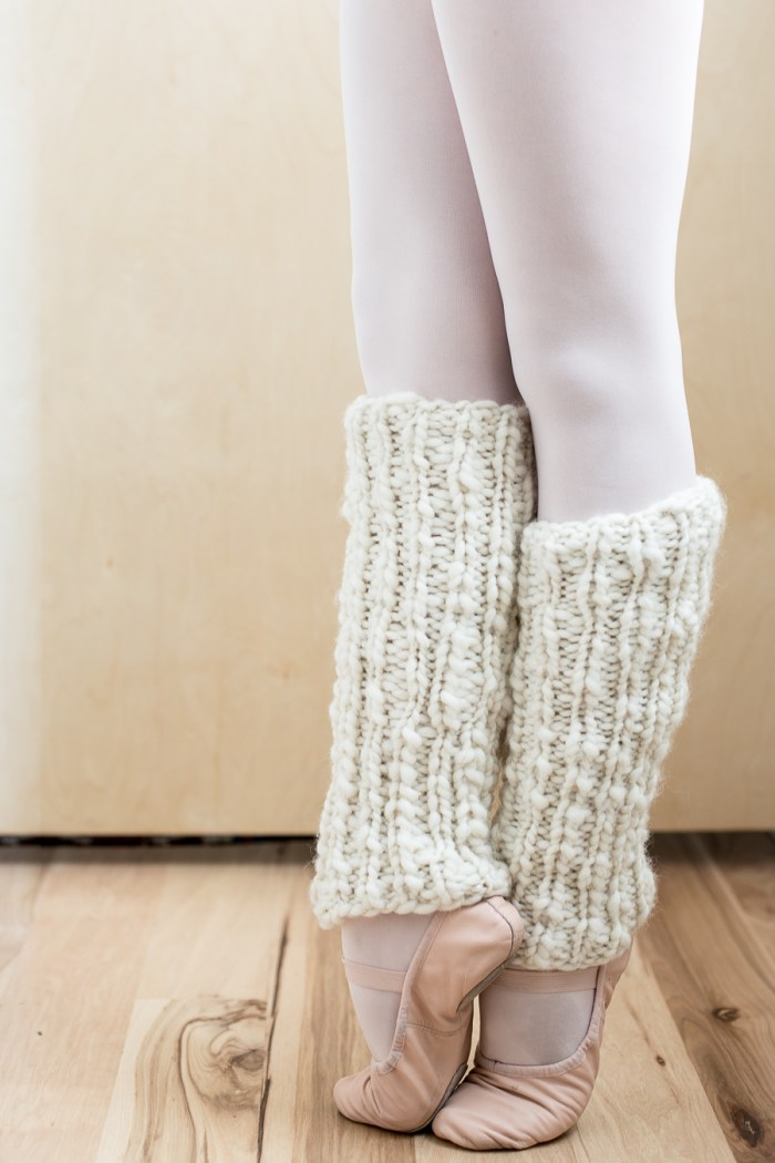 Leg Warmers Knitting Pattern In The Round : One Skein Knit Leg Warmers Pattern for Beginners - Flax & Twine