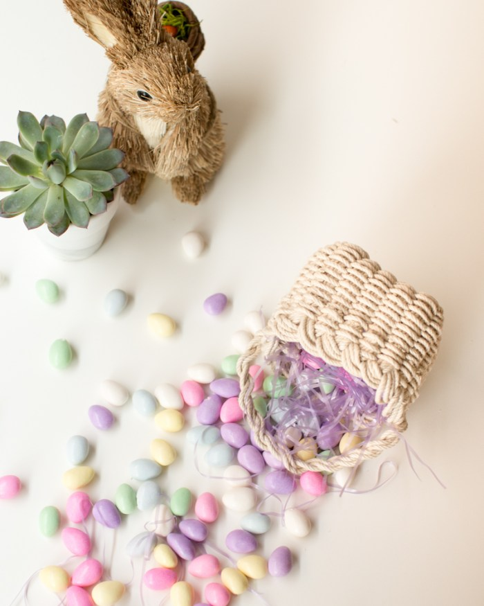 Hand Woven Basket Tutorial by Anne Weil of Flax & Twine