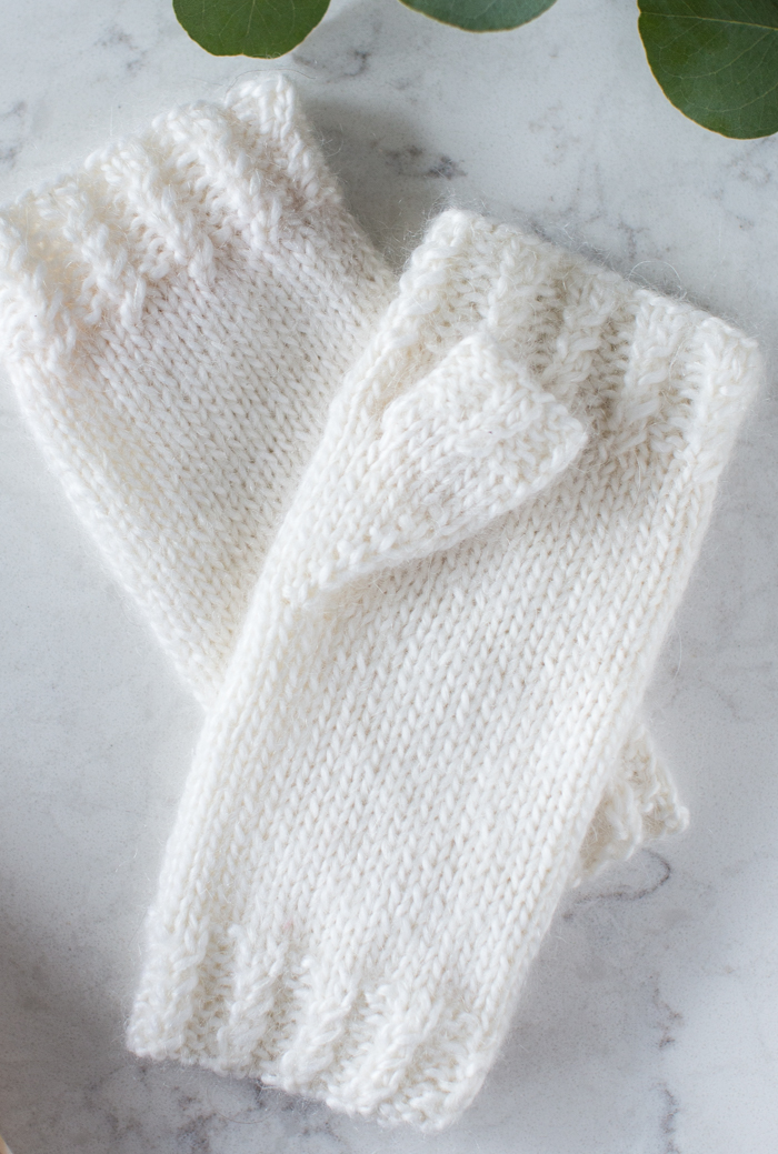 Free Mohair Mini Cable Mitts Pattern and Video