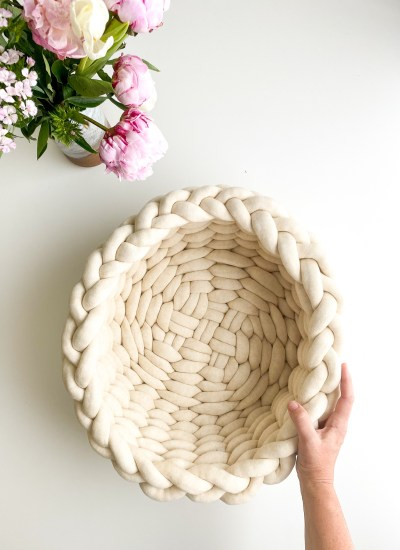 Giant T-Shirt Tube Yarn Pouf and Woven Basket Kits