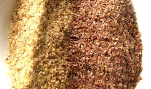 Ground milled gold linseed meal