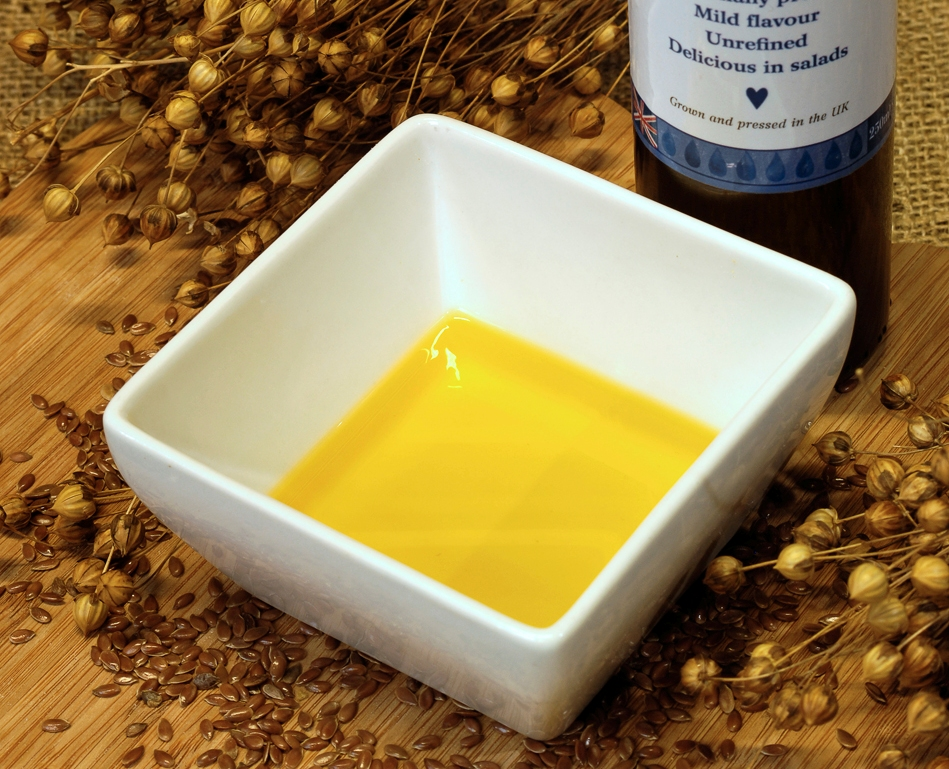 Flax Farm fresh cold-pressed linseed (flaxseed) oil for omega-3