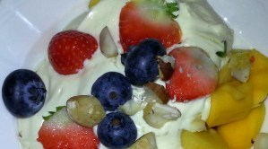 Budwig cream -saturated fat free high in omega-3 with fruit